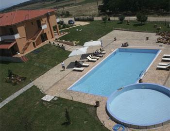 Petrinos Lofos Pool Avdira