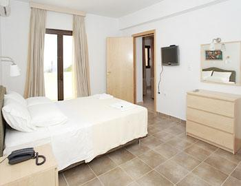 Miraluna Hotel Deluxe family room Karpathos