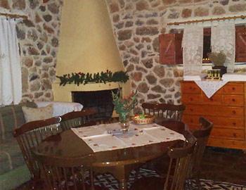 Amfikaia Wooden house 40sqm. Amfikleia