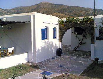 Giannakas Studios  Platis Gialos