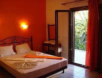 Marinos Apartments  Sivota