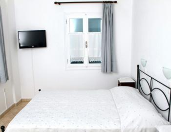 Niriides Quadruple Apartment Spetses