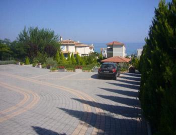 Sun Residence Parking Polihrono