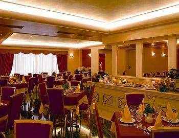 Savoy Hotel  Peiraias Kentro